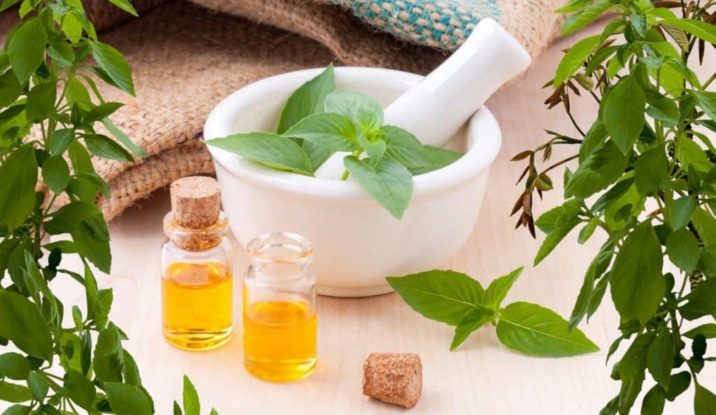A Natural Remedy: Using Oregano Oil For Cold Sores